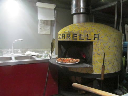 Pazza Rella wood burning pizza oven