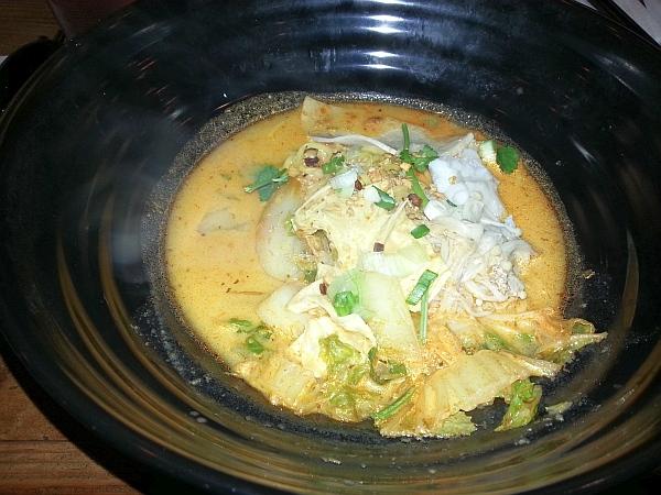 Bubble Waffle - Laksa soup
